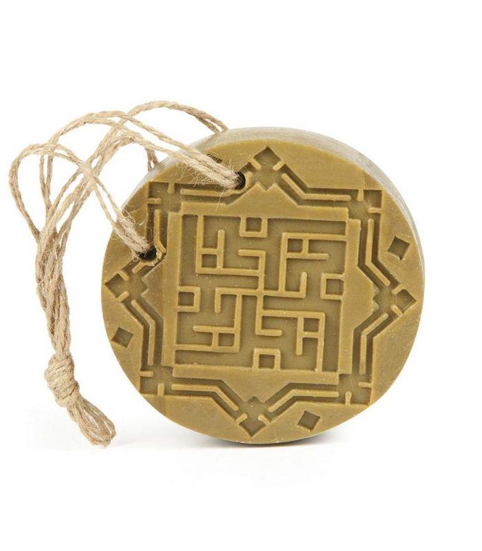 aleppo seife ambre oud mit kordel und glasperle dekoriert. Black Bedroom Furniture Sets. Home Design Ideas